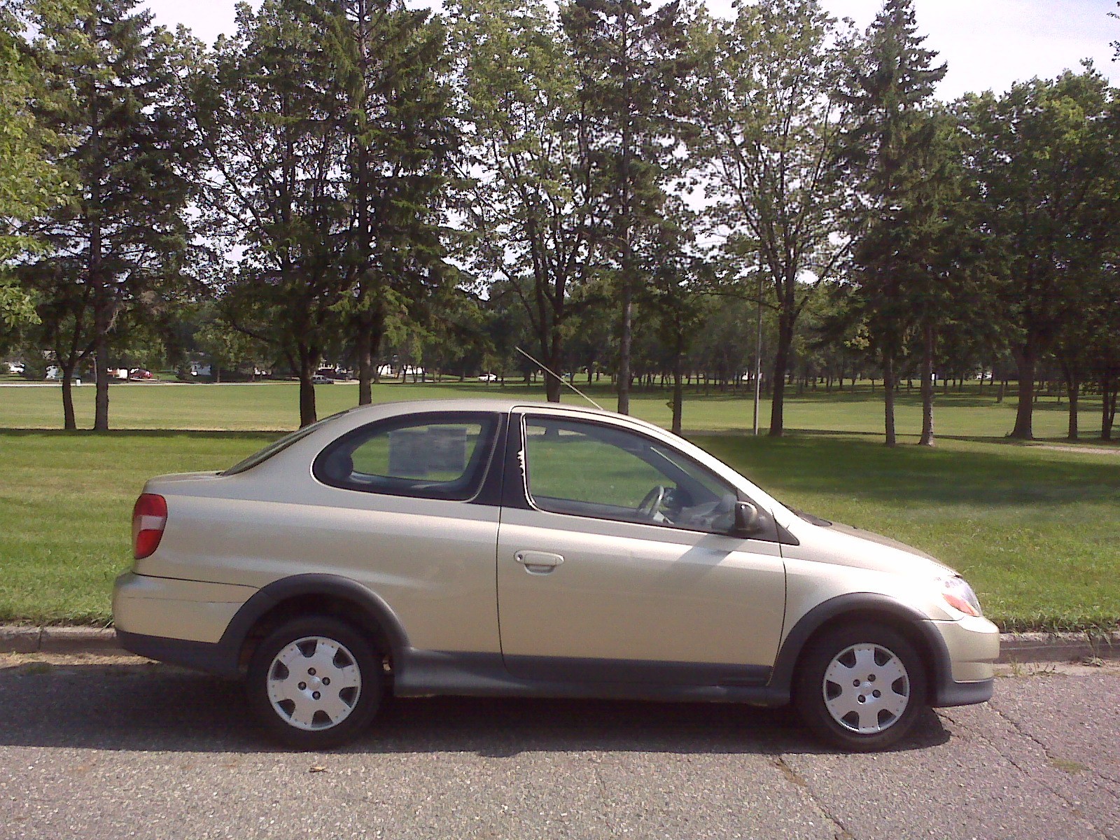 Photograph of a 2000 Toyota Echo