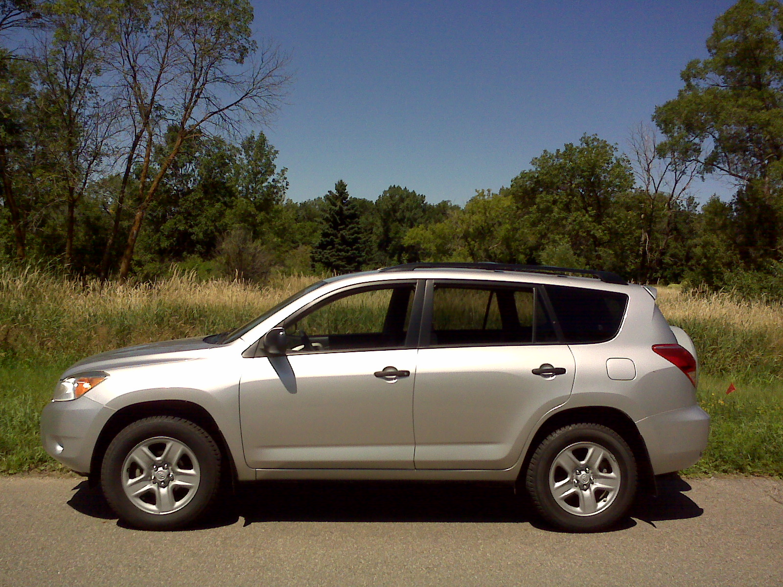 2006 4-wheel-drive Toyota RAV4 with a 4-cylinder, 2.4-liter engine