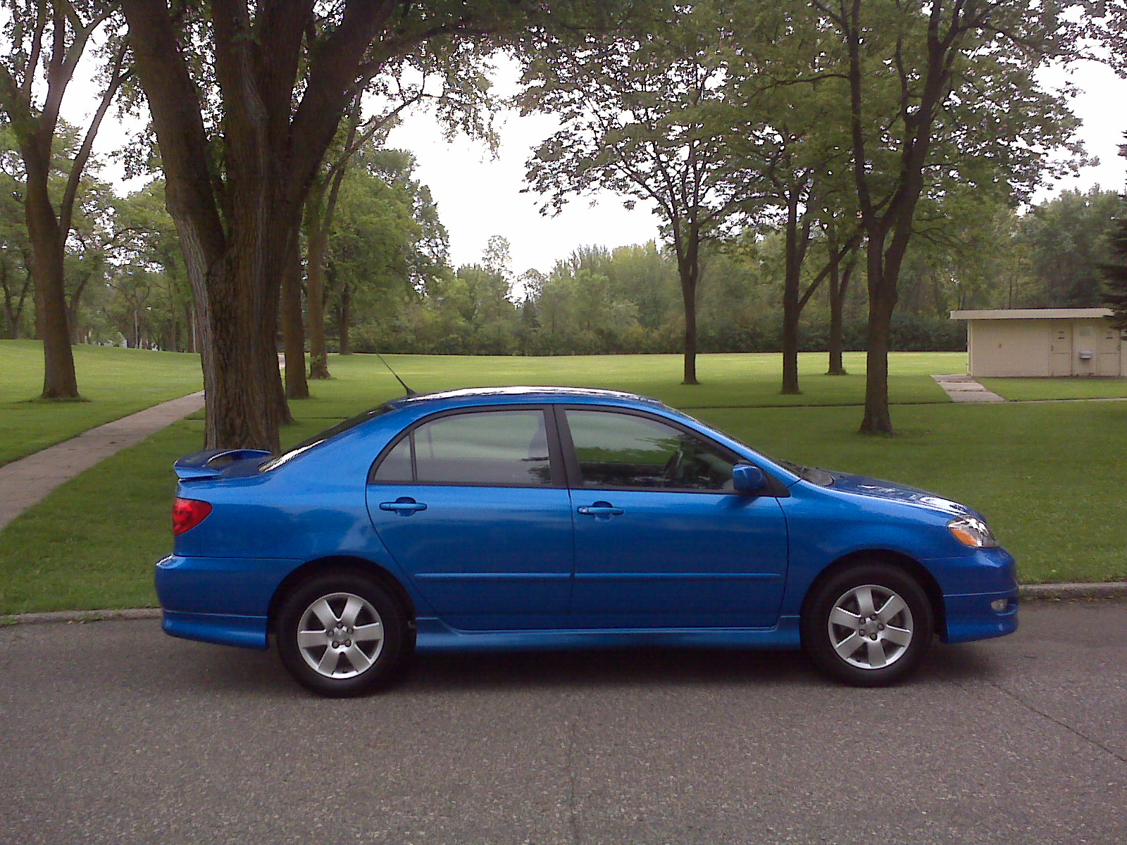 Photograph of a 2008 Corolla S taken on 20 August 2010
